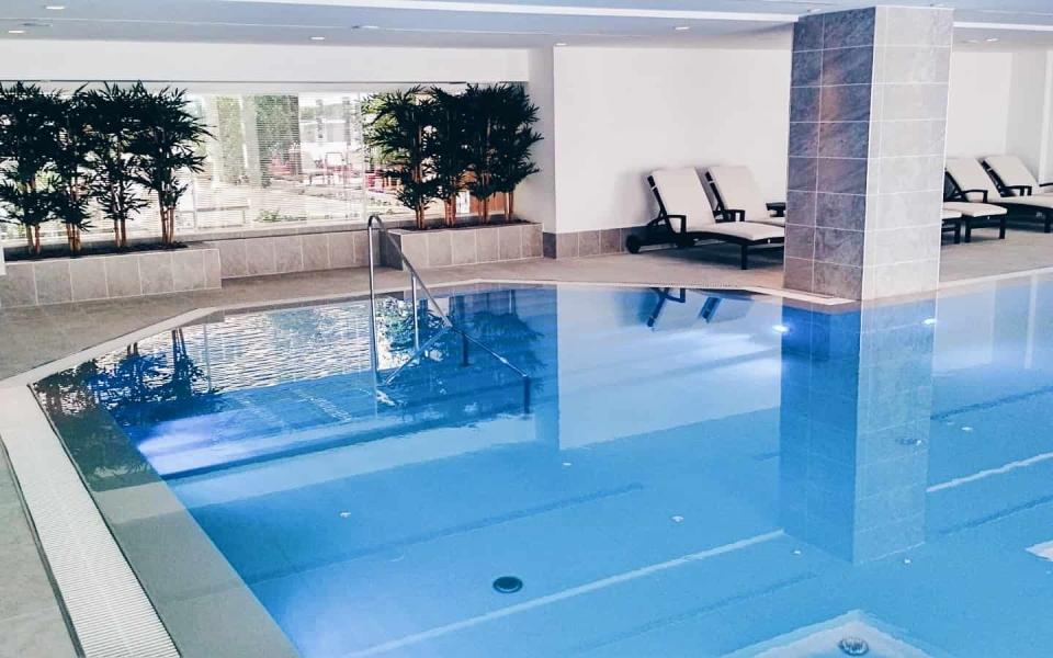Hilton Prague bazén